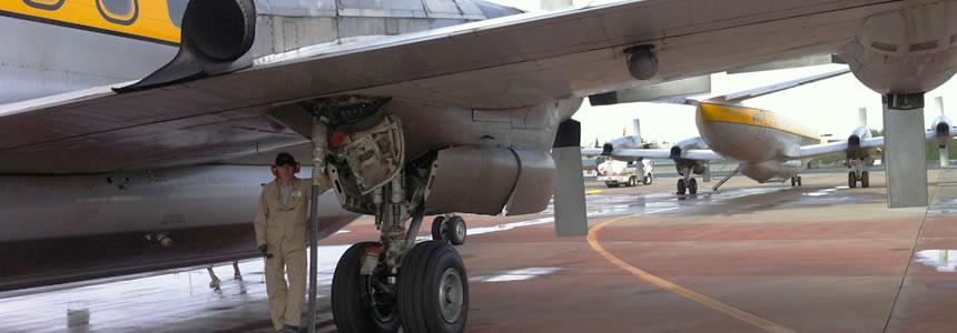 Flight Fuels LP refuelling a plane